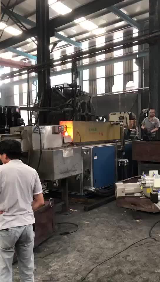 我公司2500吨热模锻压力机配机械手及自动化